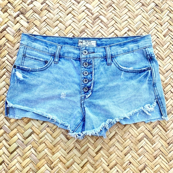 Free People Pants - Free People runaway cut off shorts uptown light